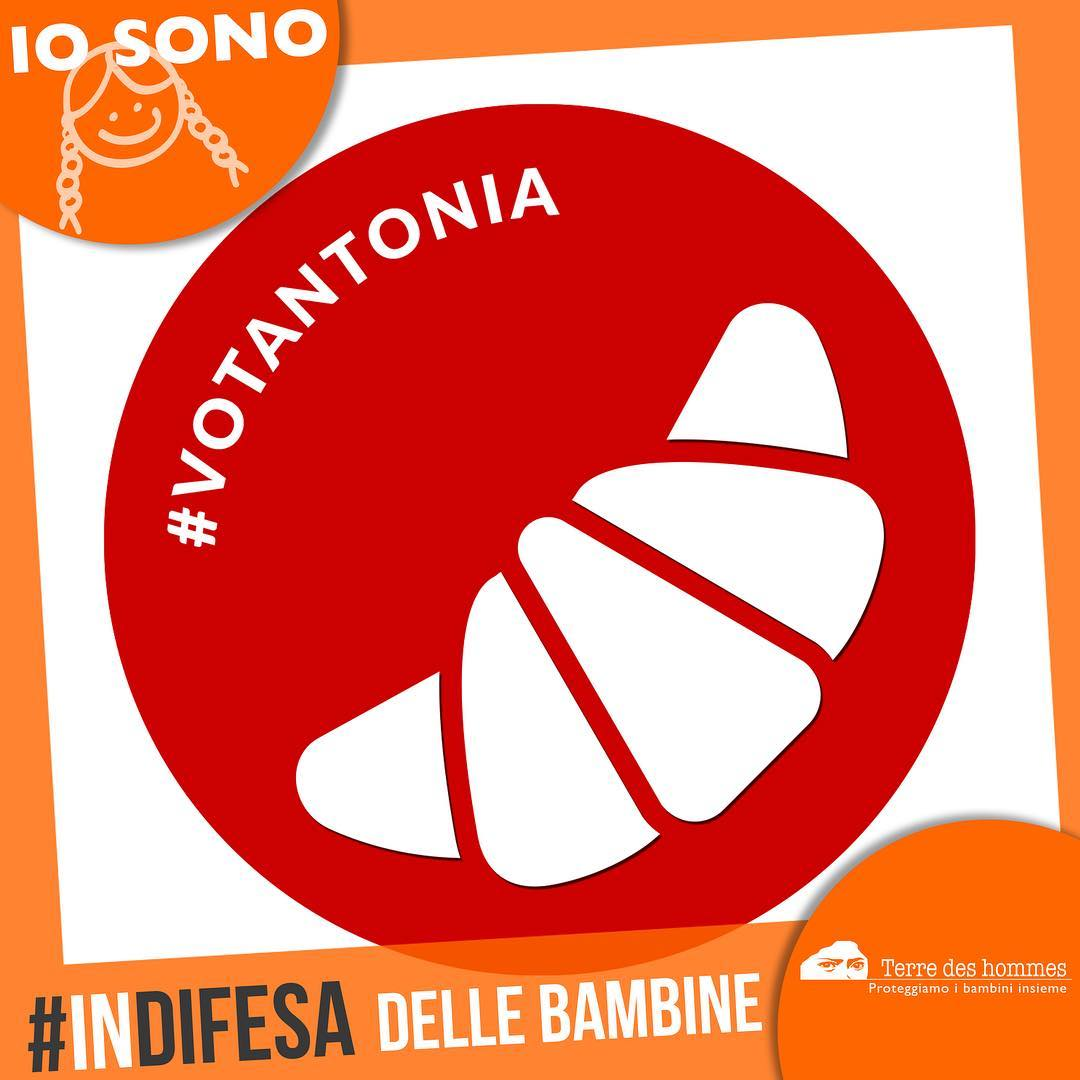 #votantonia sceglie di stare al fianco di tutte le piccole #donne di domani. Dona con un sms al 45549 contro ogni forma di violenza, di discriminazione e stereotipo di genere  #indifesa #OrangeRevolution #8marzo #festadelladonna